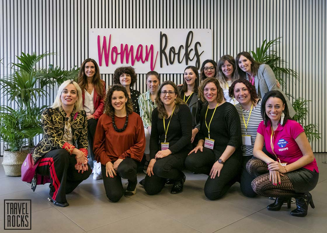 http://travelrocks.es/wp-content/uploads/2018/04/woman-rocks-barcelona-37.jpg